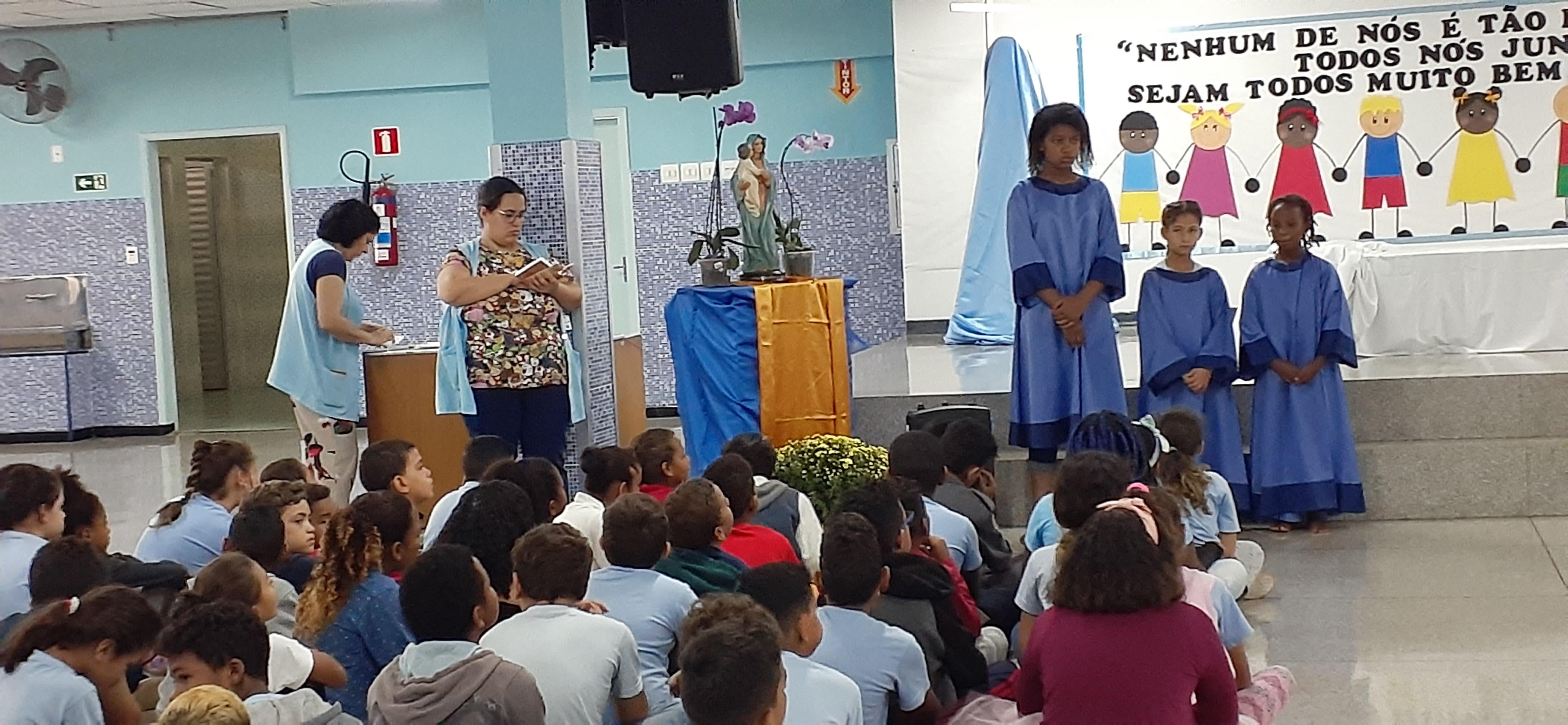 Celebração triduo Nossa Senhora do Divino Pranto