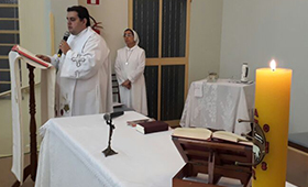 Missa realizada na FASM Muriaé no dia 11/04